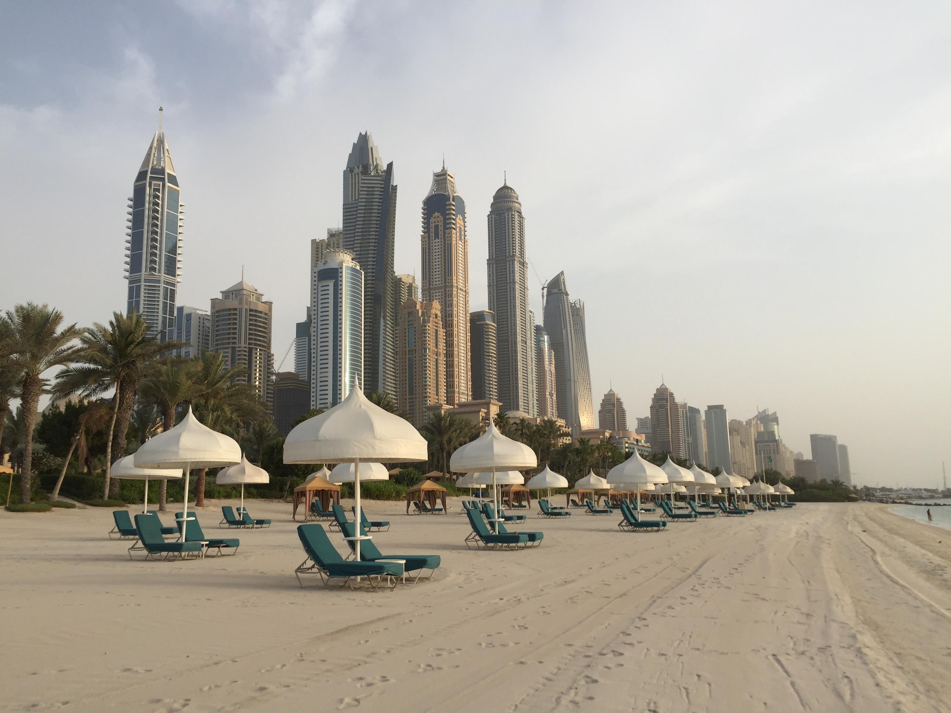 Sandra Benz - Slider - Dubai
