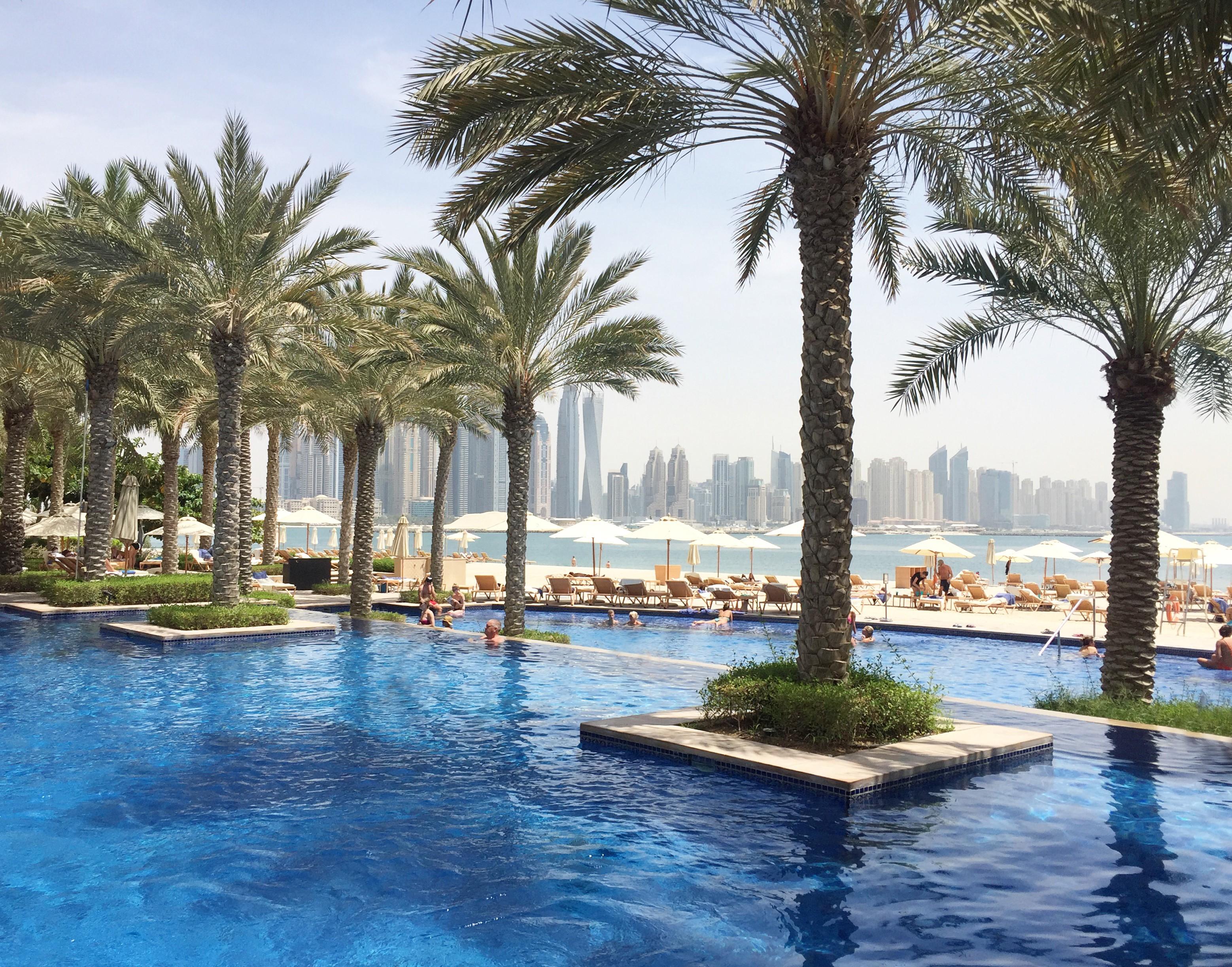 Sandra Benz - Slider - Dubai 2